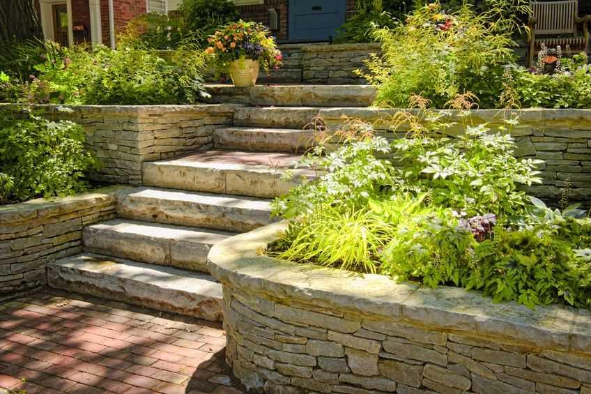 сад в итальянском стиле лестница